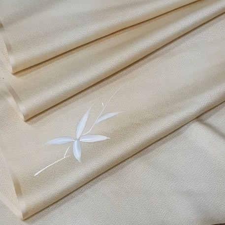 生地 正絹 シルク クリーム色 無地 薄手 ポイント柄 はぎれ ハギレ リメイク