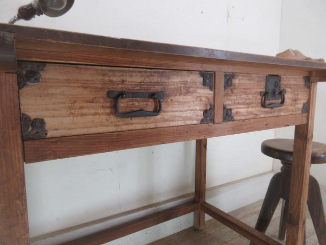 古い木味の2杯引出し平机K242   アンティークデスク作業台カウンターテーブル店舗什器カフェ什器無垢材古家具_画像8