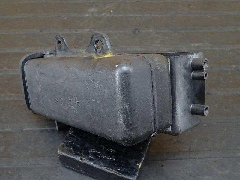 【201118】TW225E(DG09J-017)■ 車載工具 車載ツール ツールケース ツールボックス ※検:DG07J 2JL TW200_画像7