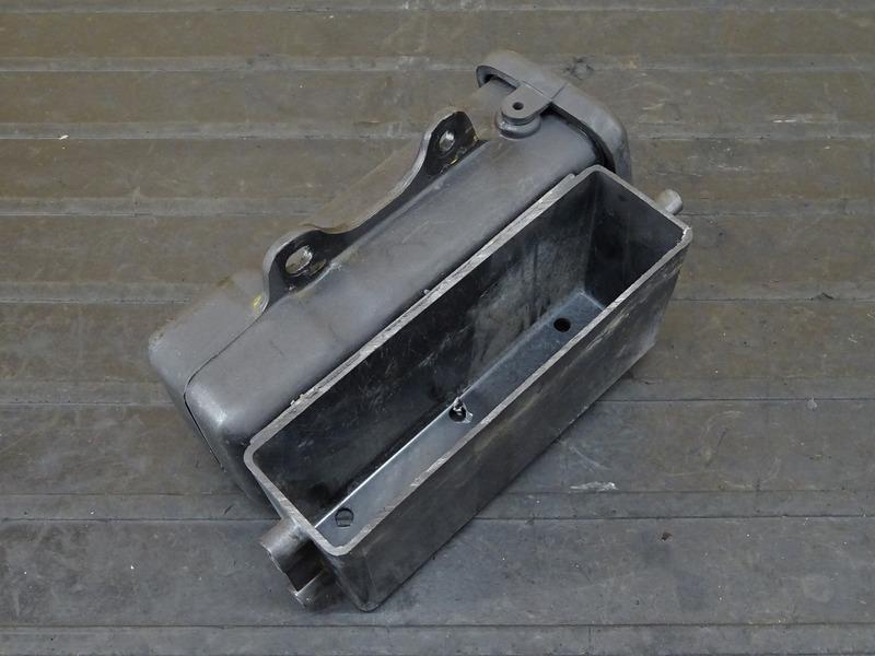 【201118】TW225E(DG09J-017)■ 車載工具 車載ツール ツールケース ツールボックス ※検:DG07J 2JL TW200_画像6
