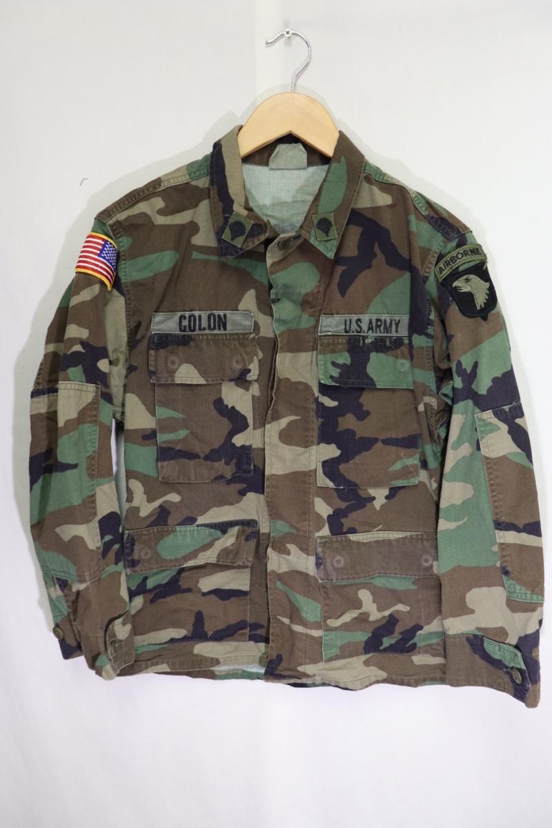 【メンズ】米軍ウッドランドミリタリージャケットAIR BORME/USAカモフラ良品ワッペン実物♪S_画像2