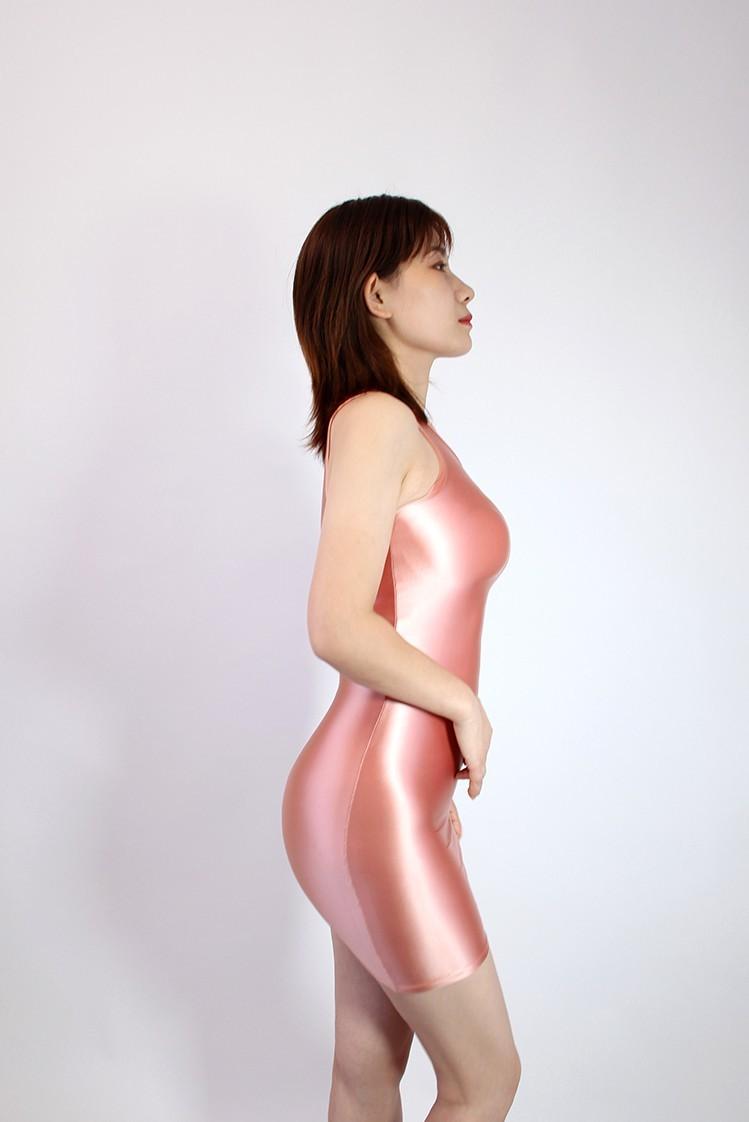 【2020秋最新作】コスプレ衣装 ワンピースドレス 伸縮性あり レースクイーンレオタード ピンク 2XLサイズ_画像3