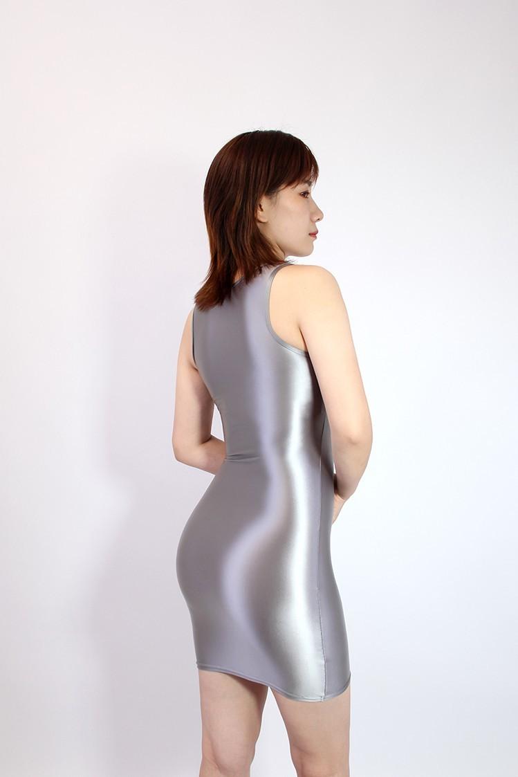 【2020秋最新作】コスプレ衣装 ワンピースドレス 伸縮性あり レースクイーンレオタード グレー Mサイズ_画像4