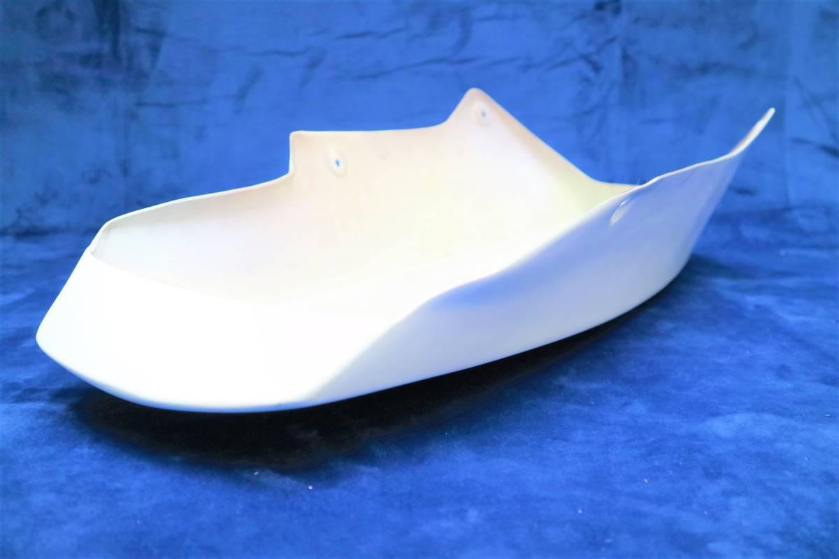 深型 アンダーカウル 白 /大型 ホワイトABS樹脂製 塗装済 フロント 外装 アンダーカバー 汎用ゼファー1100 750 Z900RS ZRX400 ZRX1100 _画像8