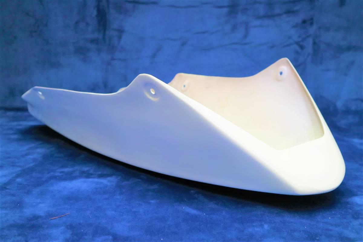 深型 アンダーカウル 白 /大型 ホワイトABS樹脂製 塗装済 フロント 外装 アンダーカバー 汎用ゼファー1100 750 Z900RS ZRX400 ZRX1100 _画像6