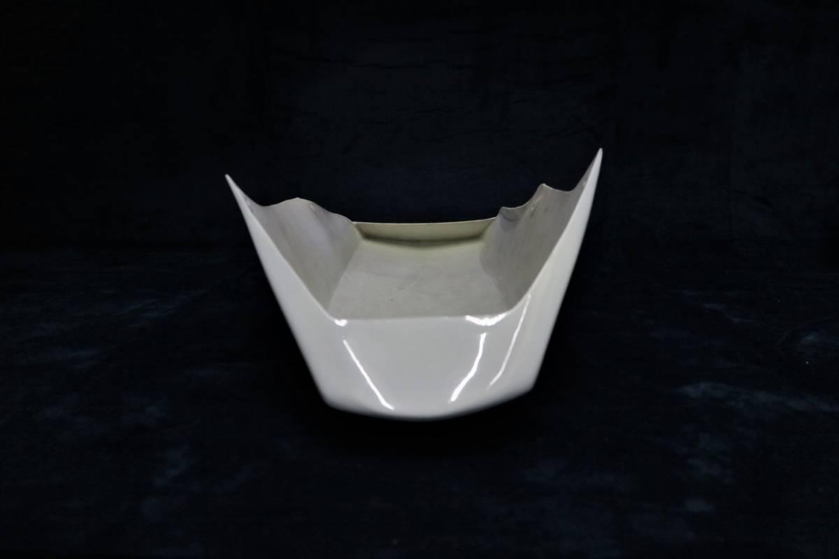 深型 アンダーカウル 白 /大型 ホワイトABS樹脂製 塗装済 フロント 外装 アンダーカバー 汎用ゼファー1100 750 Z900RS ZRX400 ZRX1100 _画像4