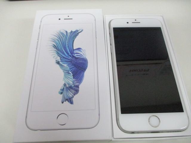 UQモバイル Apple アップル iPhone 6S 32GB シルバー 判定〇 MN0X2J/A A1688 きれいめ 激安1円スタート