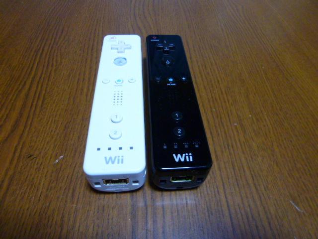 R062【送料無料】Wii リモコン 2個セット ホワイト ブラック(動作良好 クリーニング済)白 黒 NINTENDO 任天堂 純正