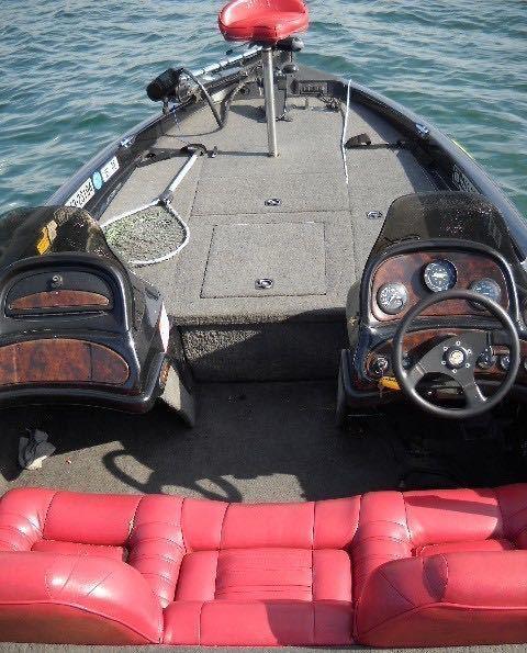 「97年式 RANGER BOATS レンジャー バスボート 20フィート」の画像2