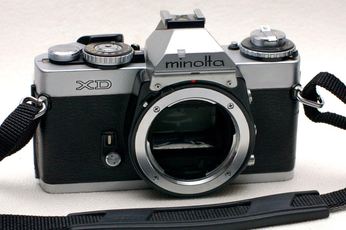 MINOLTA ミノルタ 昔の高級一眼レフカメラ XDボディ 希少・良好品 (腐食無し)