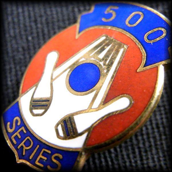 USA BOWLING PIN ボウリングピンバッジ 500 SERIES No 55