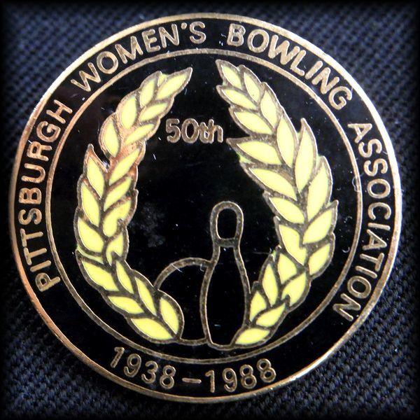 USA BOWLING PIN ボウリングピンバッジ 1988 PITTSBURGH WBA No 60