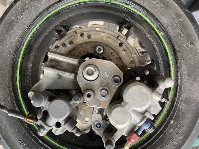 Z125 z Z 125 スタント ダブルキャリパー 手ブレ エクストリーム ハンドブレーキ ジムカーナ キャリパー ブレーキ サポート_画像1