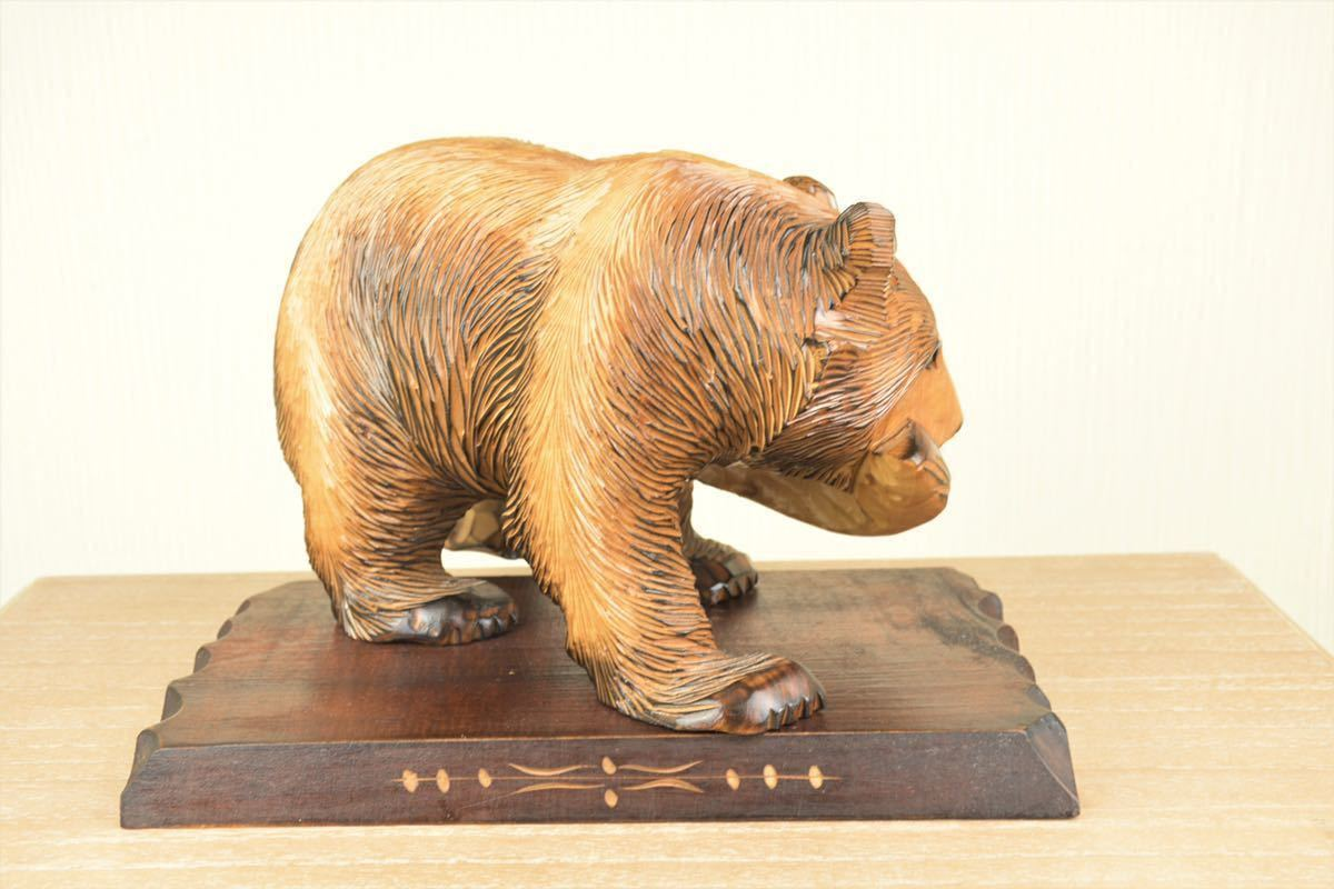 木彫りの熊 台座付き 北海道 民芸品 熊の置物 オブジェ 飾りもの インテリア_画像3