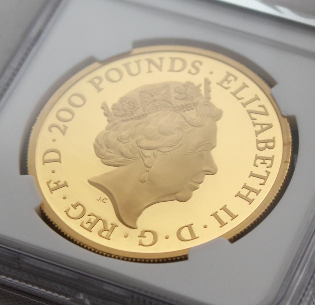 2020年 イギリス ブリタニア 2oz 200ポンド 金貨 NGC PF70UC 最高鑑定品!!発行枚数160枚!_画像7
