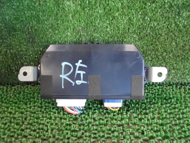3CL6031HF4 ) 日産 ルークス ハイウェイスター ML21S 純正リア左パワースライドドア用コンピューター_画像1