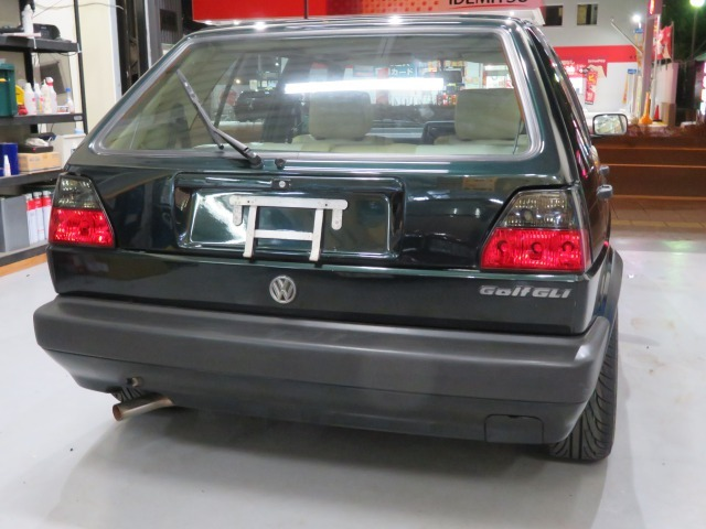 「【格安】1991年 フォルクスワーゲン(VW)ゴルフ2/GOLFⅡ/1800cc/新品18インチホイール(MK)/新品タイヤ(215/35R18)/144,971km」の画像2