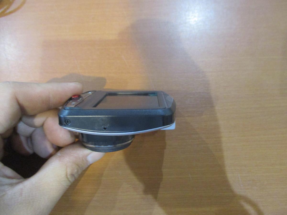 ジャンク品★Vehicle BlackBOX DVR?2.4インチ ドライブレコーダー★高さ:約7.2cm幅:約6.6cm奥行:約3.2cm★即納_画像6