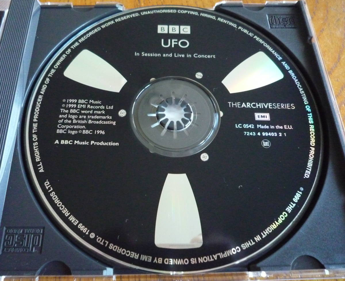 ■【CD/美品】 UFO - In Session and Live in Concert マイケル・シェンカー
