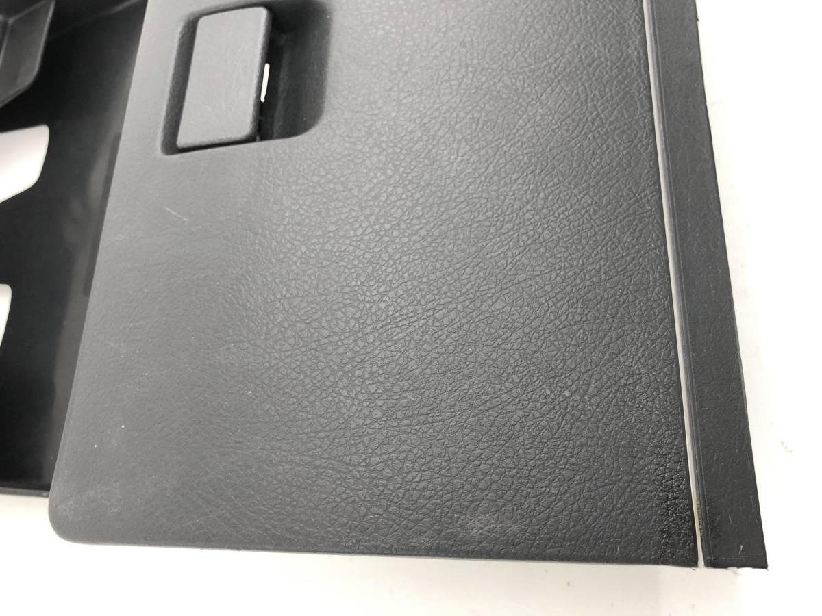 _b44997 スズキ アルトワークス ie/s Fリミテッド E-HB11S グローブボックス 助手席側 ふた 蓋 上 トリム カバー 内装 D02 HA11S HA21S_画像2