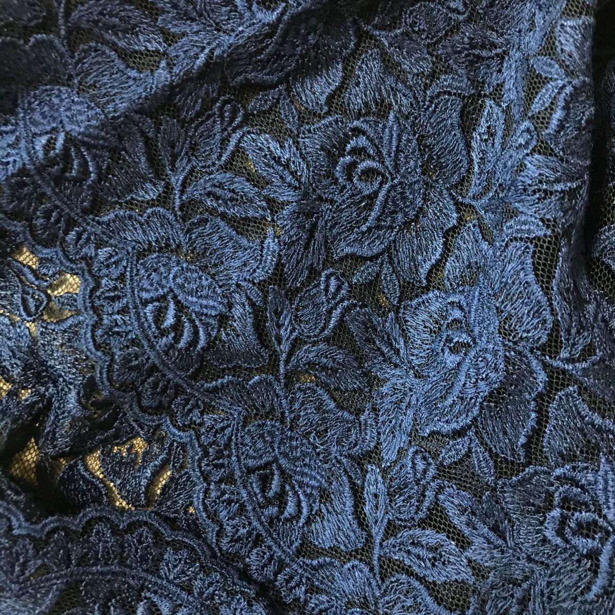 刺繍ばら花レース はぎれ 紺色