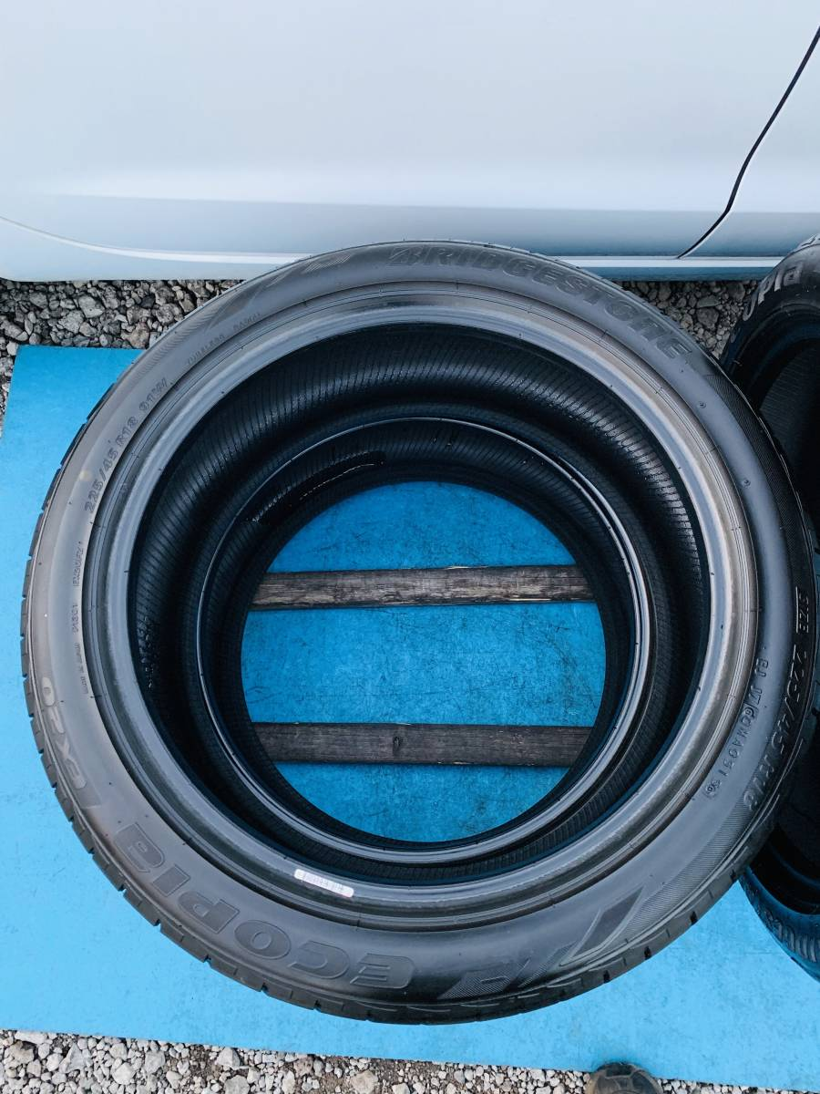中古タイヤ 4本 BRIDGESTONE 225/45/18 2015年製 タイヤの状態良い_画像7