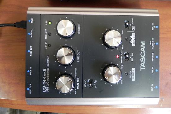 タスカム USB 2.0 オーディオ/MIDIインターフェース US-144MKⅡ TASCAM _画像2