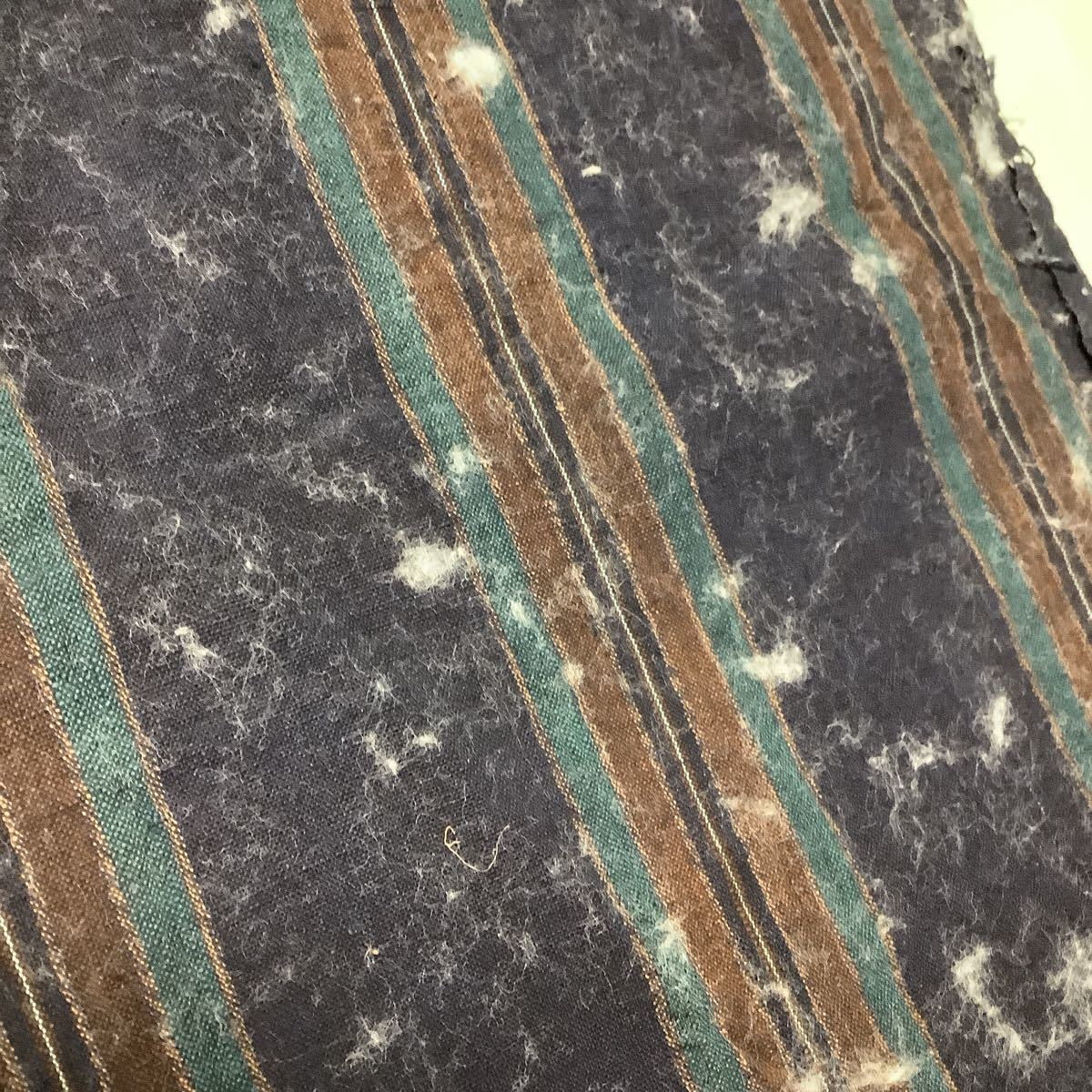 ◆古布前掛け専門屋◆滋賀県より◆手織り木綿◆縞絣◆本藍染◆草木染◆ベンガラ染◆3幅三巾◆184cm◆刺子絣縞型染布団側裂織筒描き襤褸野良_画像7
