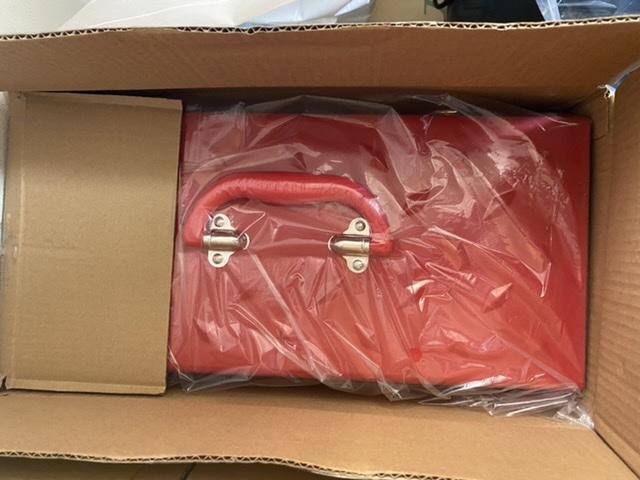 Supreme Diamond Plate Tool Box Red 新品 ダイアモンド プレート ツールボックス TOOLBOX 工具箱 赤_画像3