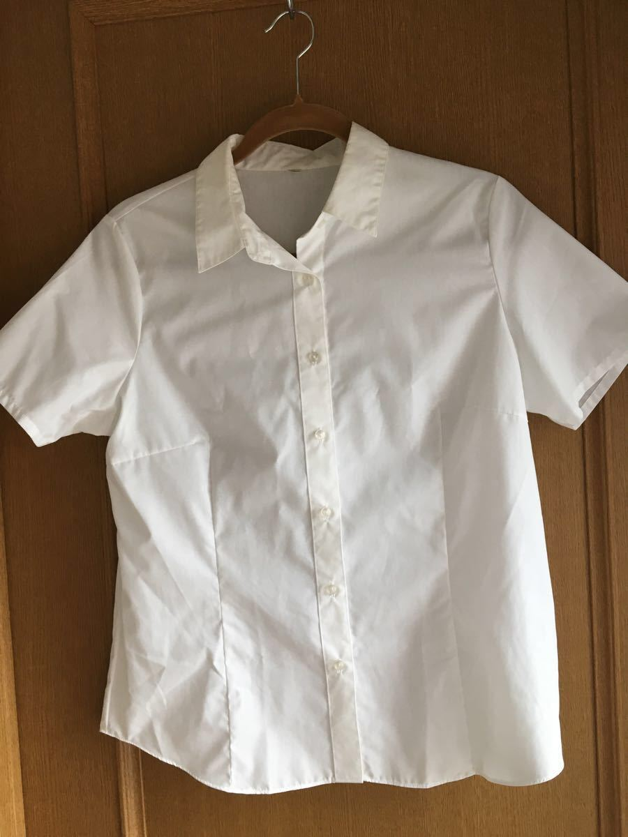 白シャツ ブラウス 半袖 未使用