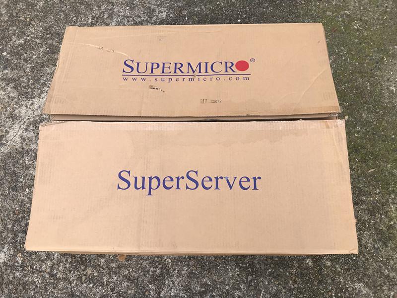 現状未使用品 SuperMicro 808-12 6016TT-IBQF ★CPU HDD メモリ無し_画像1