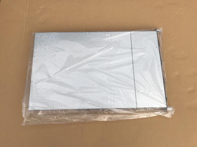 現状未使用品 SuperMicro 808-12 6016TT-IBQF ★CPU HDD メモリ無し_画像6