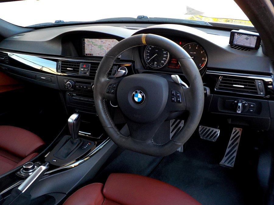 Individualルビ-ブラック320Mスポ. カ-ボンインテ-ク.車高調.パフォ-ブレ-キ.アルカンステアパドル.ダコタレザ-.デュアルシュニッツァ-19AW_画像7
