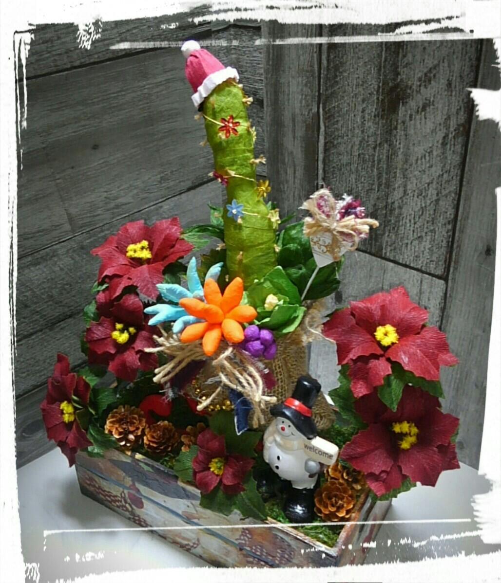 【クリスマス】さぼてんサンタ&多肉植物&ポインセチア 寄せ植え ペーパーフラワー