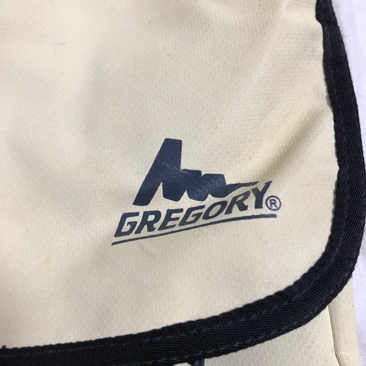 GREGORY グレゴリー メッセンジャーバッグ ショルダーバッグ エナメル クリーム色