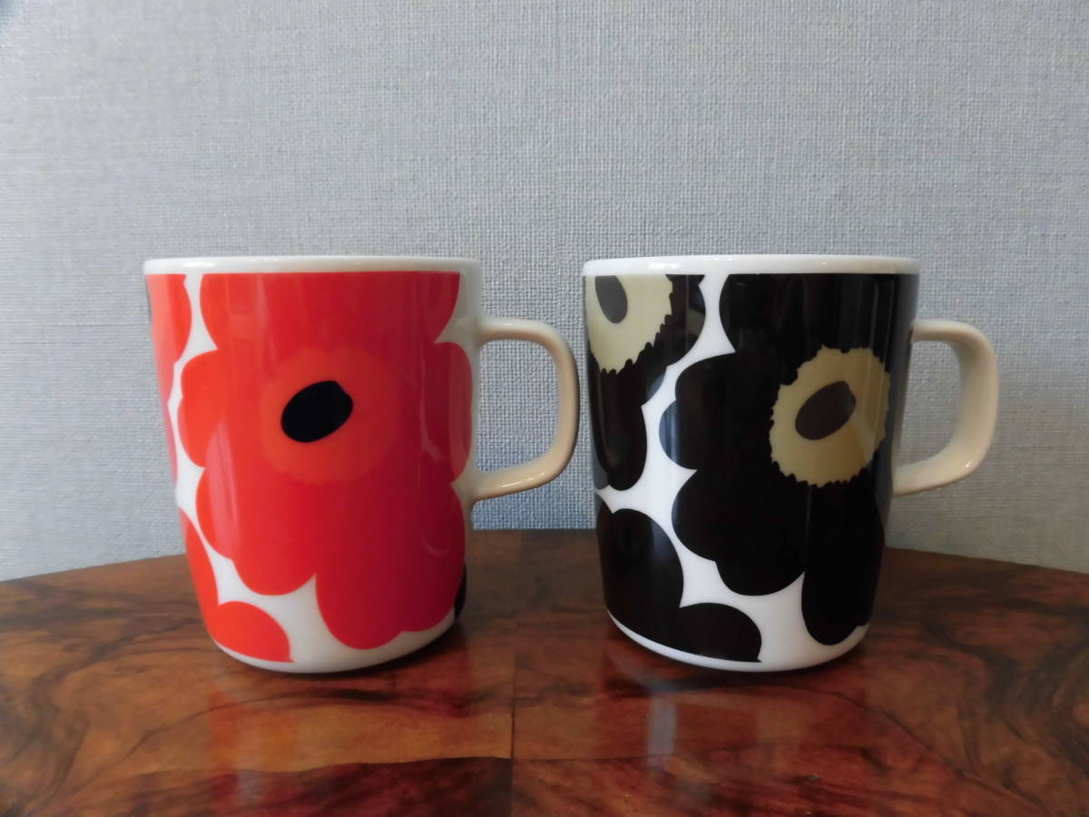 マリメッコ OIVA ウニッコ マグカップ 赤黒2個 UNIKKO MUG