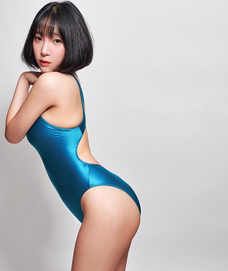 n639NVXL 【 XLサイズ】 LEOHEX 最新作 新色 超セクシー 高品質ストレッチ素材 長袖 ハイレグ レオタード RQ 水着 競泳 ネイビー_カラーはネイビーになります。