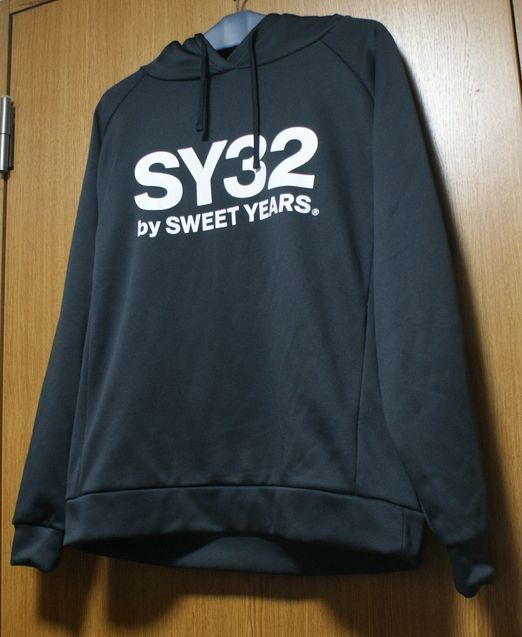 SY32 by SWEEET YEARS製 ロンヨンジャパン パーカー_画像1