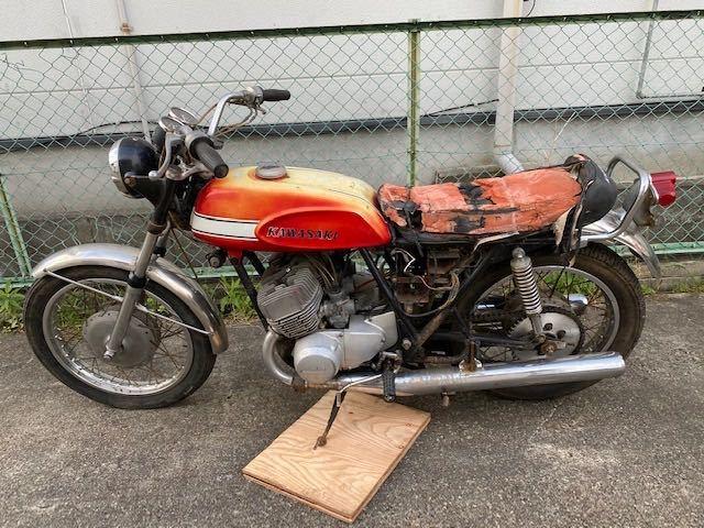 「【エンジン始動OK】【登録書類有】【実働/レストアベース】初期 KAWASAKI H1 マッハ エグリ 500SS MFD1970年5月」の画像2