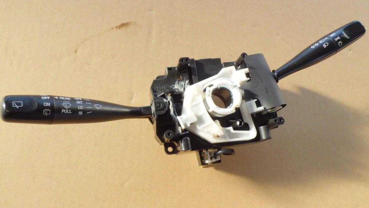 スズキKei ターボ 4WD TA-HN22S ウインカースイッチ 平成15年 原動機 K6A 5速 ABS _画像1