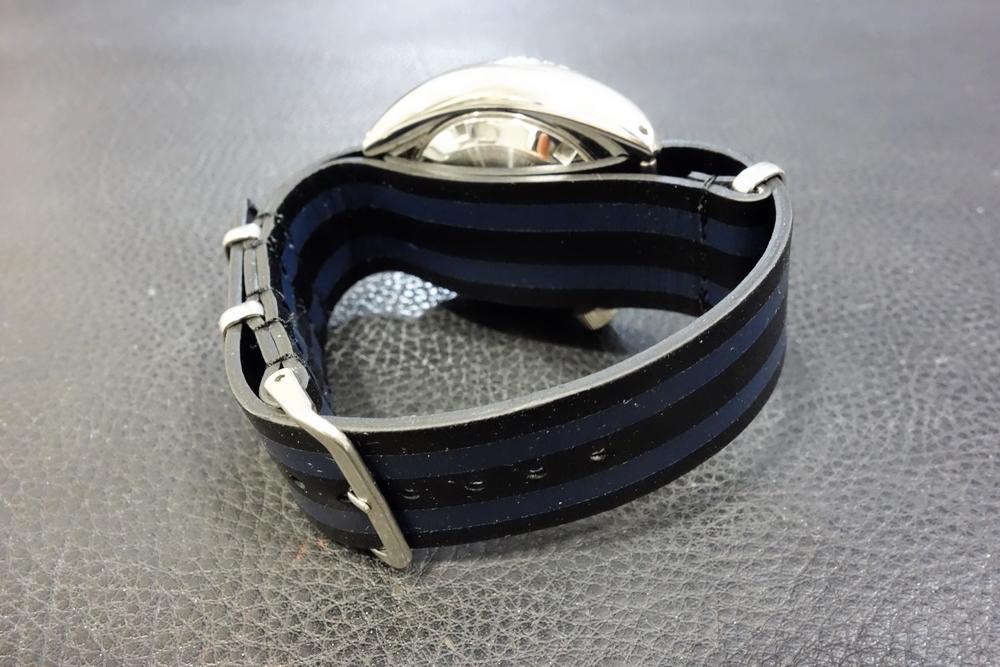 ◆レザーNATO G10ストラップ◆ ボンドカラー カーフレザー 20mm 強力撥水 新品 日本製 本革 黒 ミリタリー ブレスレット 腕時計ベルト_画像4