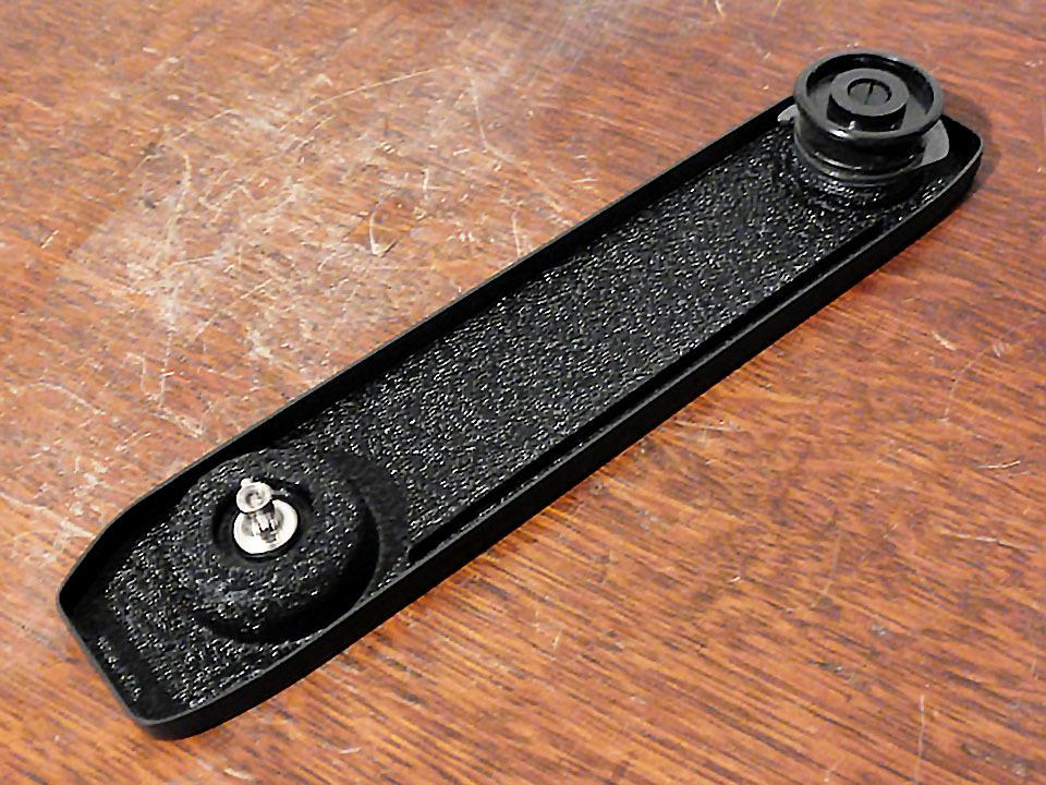 【中古/稀少】ライカ M5用ベースプレート (底蓋) ブラック〉:Leica Base Plate for M5 Black_画像1