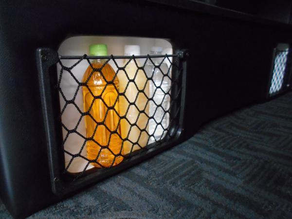ハイエース セカンド テーブル 200系 セカンドボード 後席 2列目 シート カップホルダー トヨタ TOYOTA 標準 収納 BOX 木目 茶 パーツ_ペットボトルも入ります