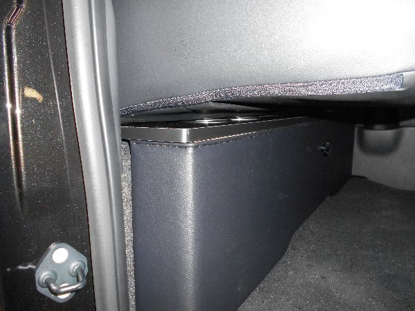 ハイエース セカンド テーブル 200系 セカンドボード 後席 2列目 シート カップホルダー トヨタ TOYOTA 標準 収納 BOX 木目 茶 パーツ_車種専用だから車の性能をフル活用