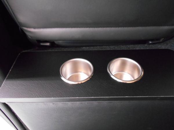 ハイエース セカンド テーブル 200系 セカンドボード 後席 2列目 シート カップホルダー トヨタ TOYOTA 標準 収納 BOX 木目 黒 パーツ_国産・国内製造の日本製です