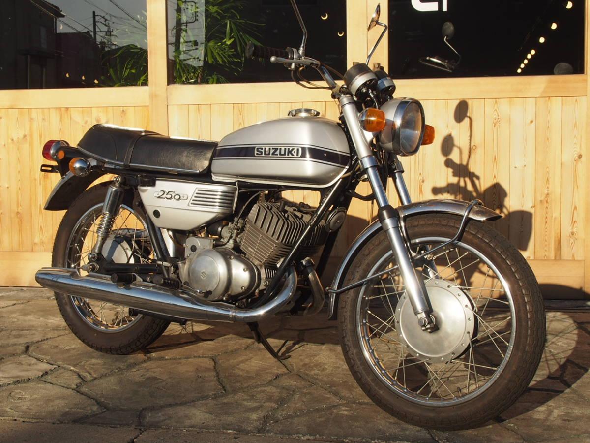 「●1971 スズキ 初期型GT250 実動確認済み 書付き 30.5PS 愛知より☆T250-403***」の画像1