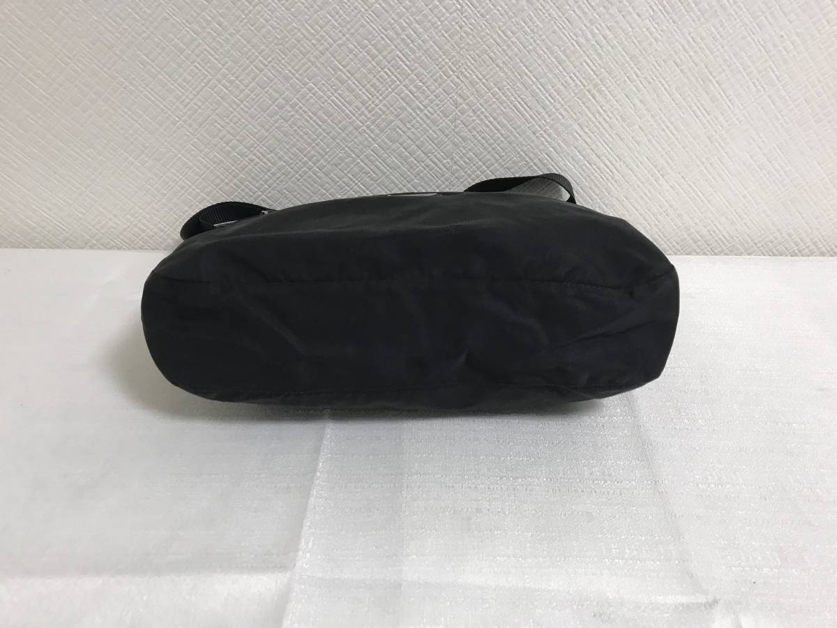 本物プラダPRADA本革レザーナイロンショルダーバッグビジネスボディバックメッセンジャー旅行トラベル黒ブラックメンズレディース