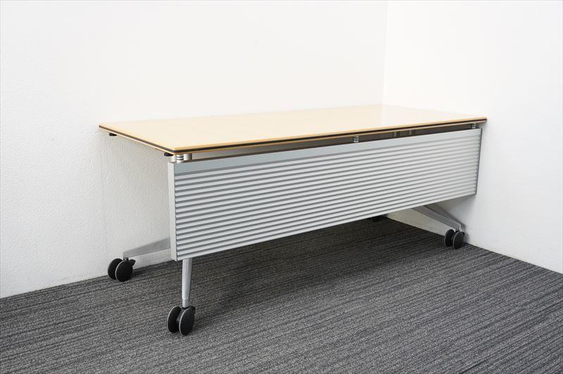 【中古】ウィルクハーン ロゴン ミーティングテーブル 幕板付 1875 H730 (1)_画像1