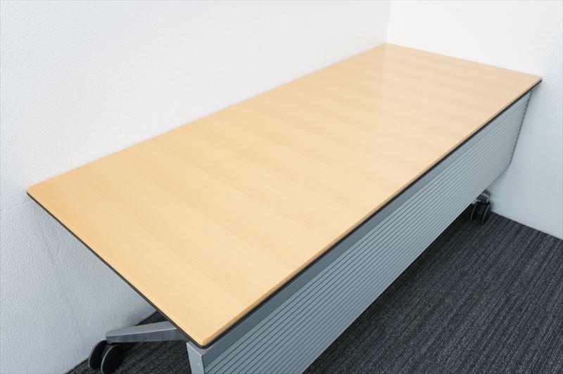 【中古】ウィルクハーン ロゴン ミーティングテーブル 幕板付 1875 H730 (1)_画像2