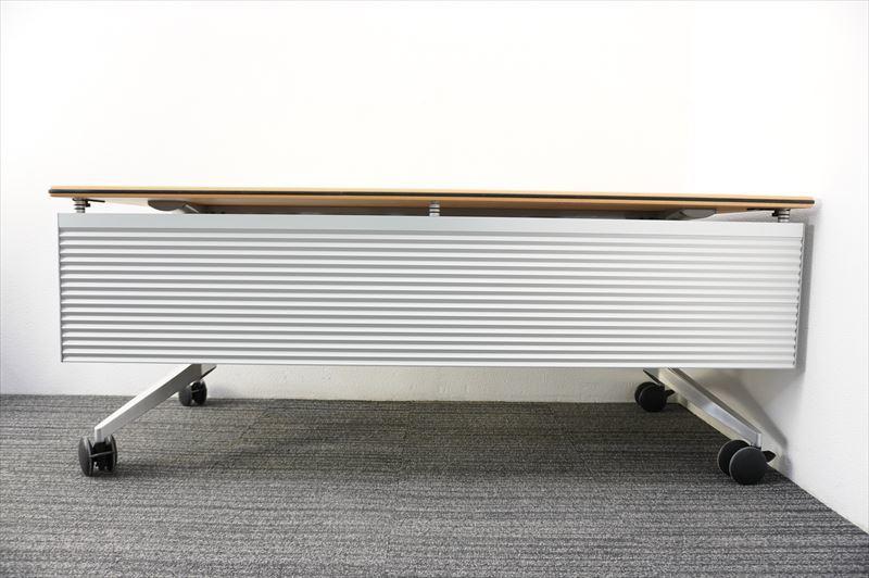 【中古】ウィルクハーン ロゴン ミーティングテーブル 幕板付 1875 H730 (1)_画像7